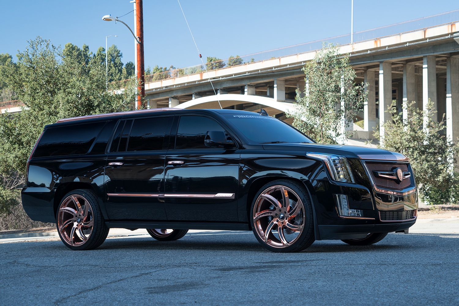 Lexani wheels the leader in custom luxury wheels cadillac escalade on 24 lust car stuff pinterest cadillac escalade cadillac and wheels