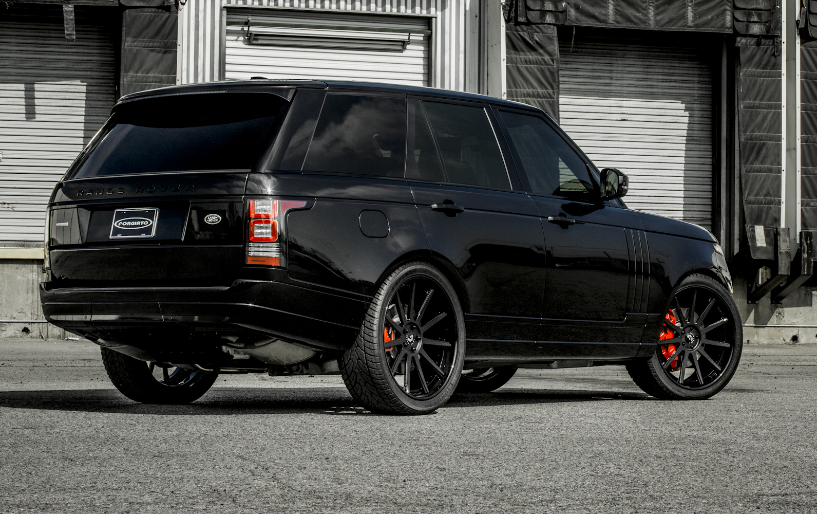 range rover blacked out 2015 best auto reviews. Black Bedroom Furniture Sets. Home Design Ideas