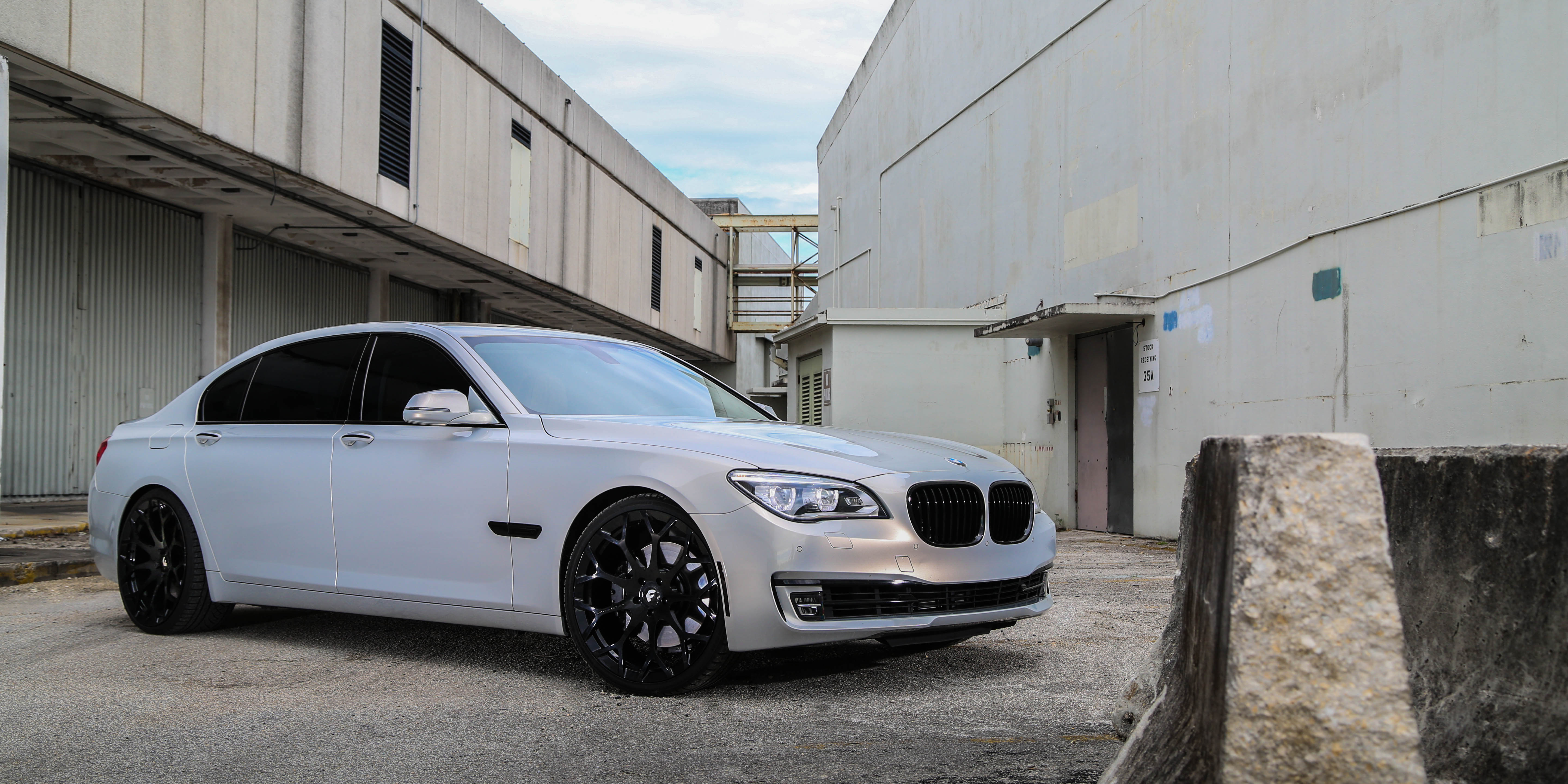 BMW 7 SERIES ON DREA WHEELS