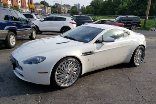 Aston Martin Db9 On BiaForca