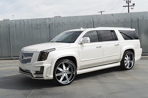 Cadillac Escalade On Esporre