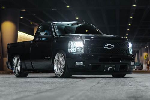 Chevrolet Silverado On Finestro
