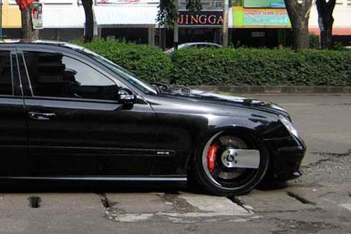 Wheels for Mercedes benz e350 black