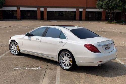 Mercedes-benz S Class On Troppo-B