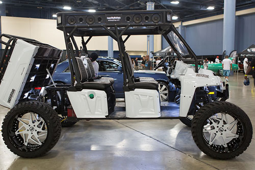 Polaris Rzr On Finestro