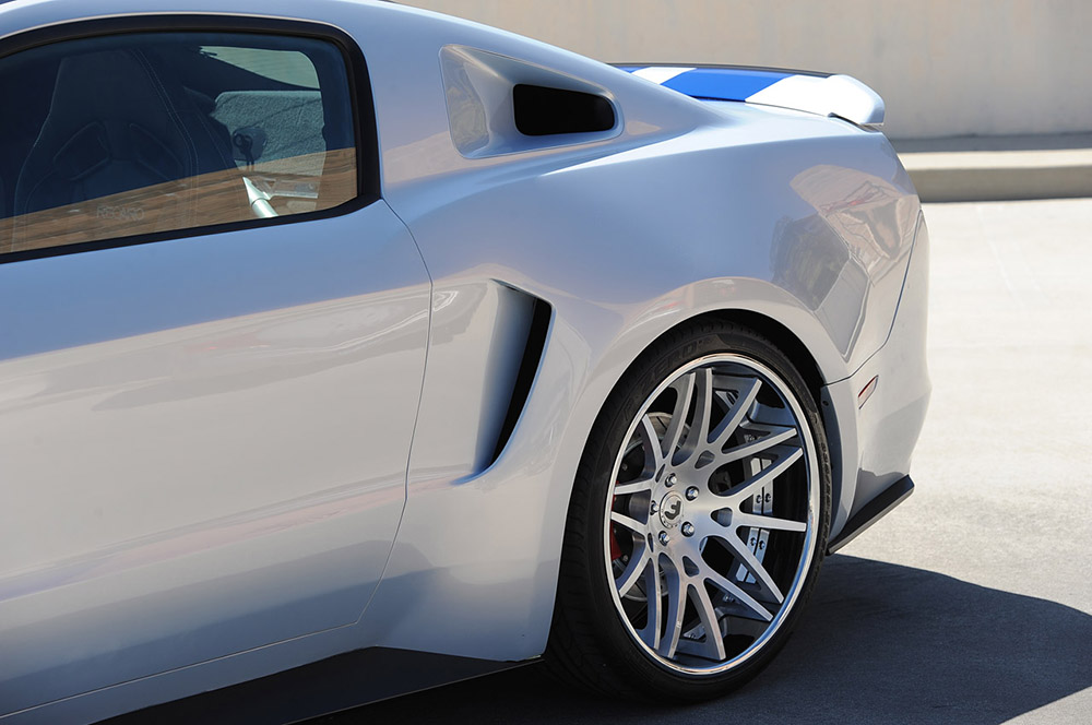 need-for-speed-movie-forgiato-mustang-4