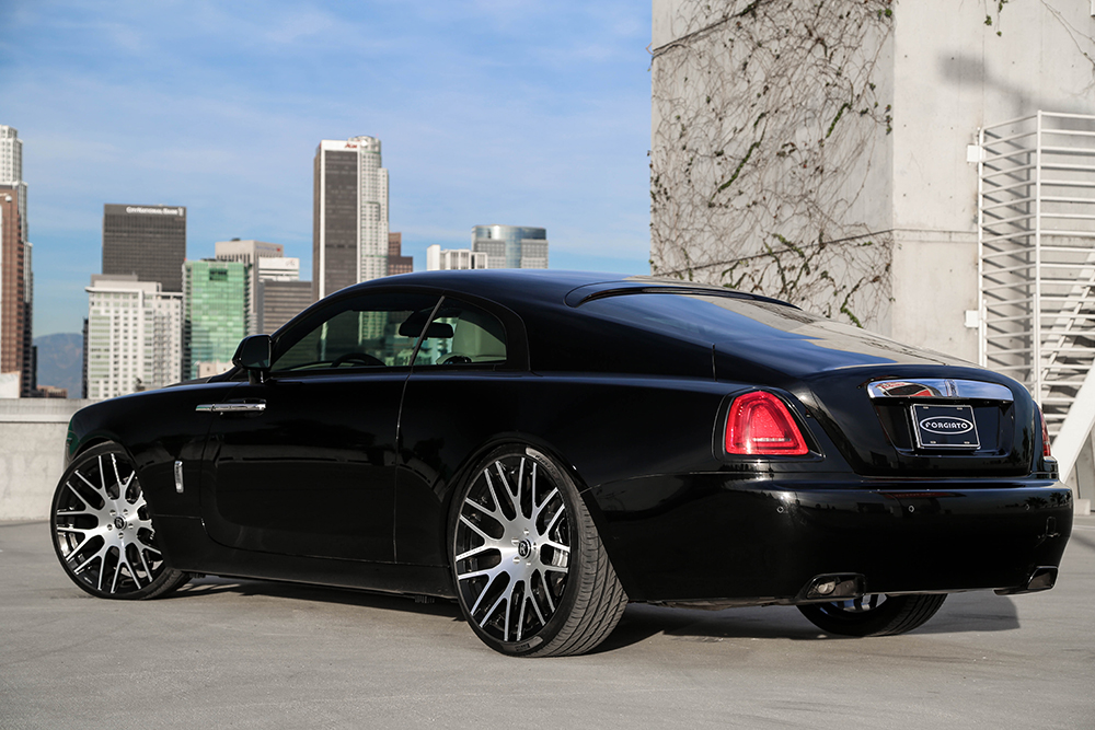 rolls royce wraith on monoblock wheels. Black Bedroom Furniture Sets. Home Design Ideas