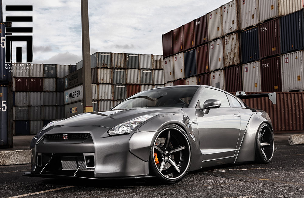 Exclusive Motoring Liberty Walk Nissan GTR