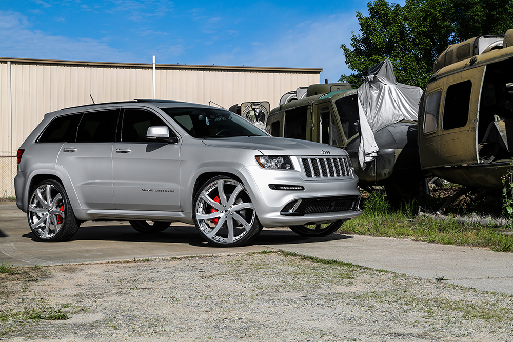 The Grandest Of Them All – SRT8 Grand Cherokee On 26 ...