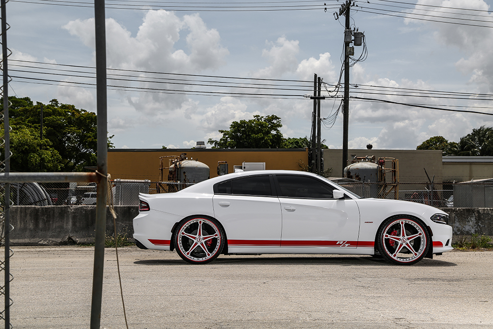 """2017 Dodge Charger Rt White >> Yeah, It's A Hemi – Charger On 24"""" Martellato"""