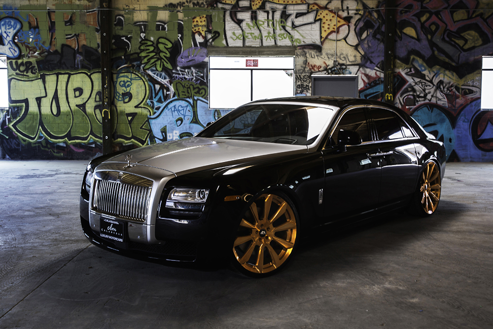 good as gold rolls royce ghost on 26. Black Bedroom Furniture Sets. Home Design Ideas