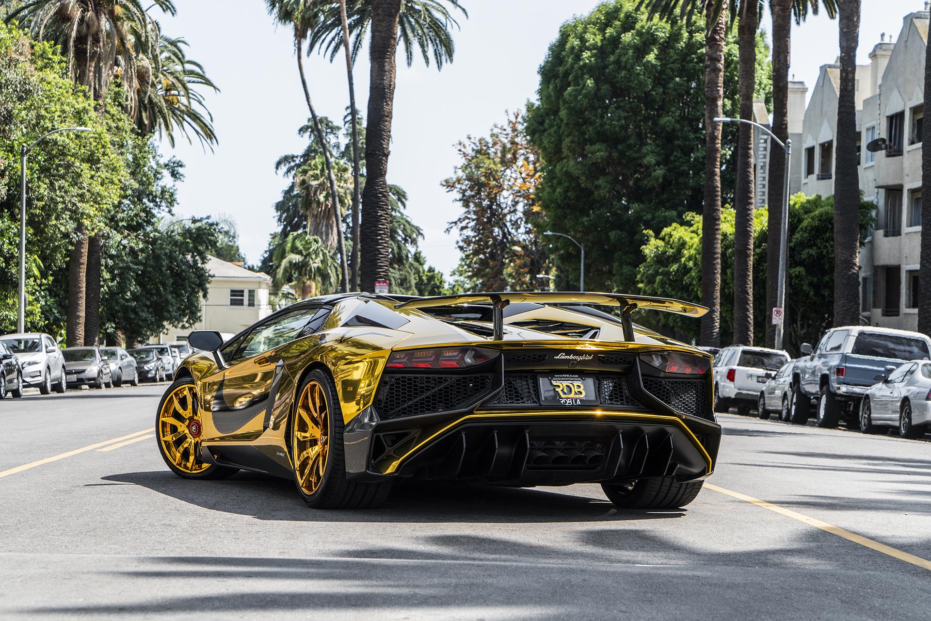 Chris Brown S Gold Lamborghini Aventador Sv Roadster On Forgiato Wheels