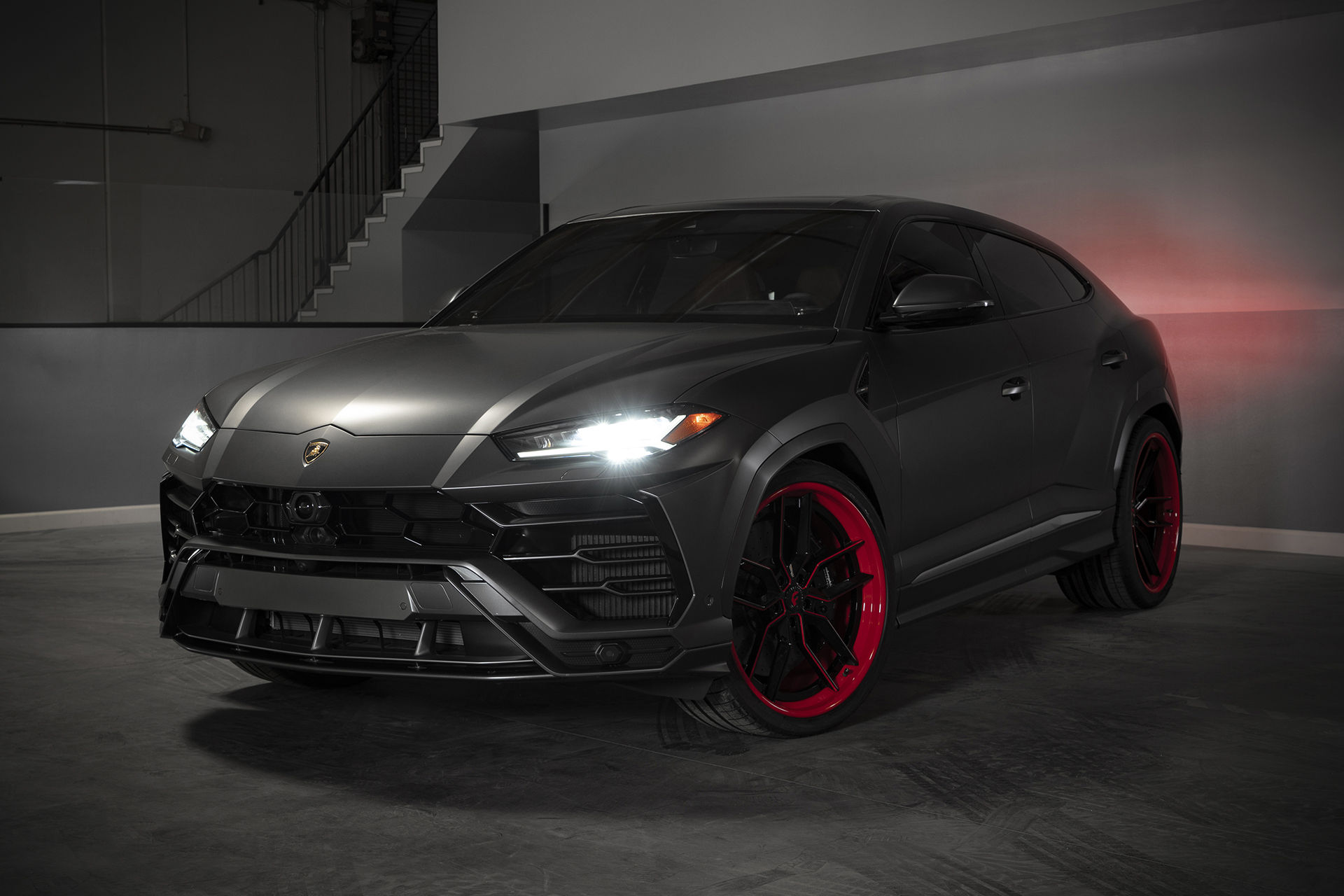 2019 Lamborghini Urus on 24,Inch Forgiato Wheels